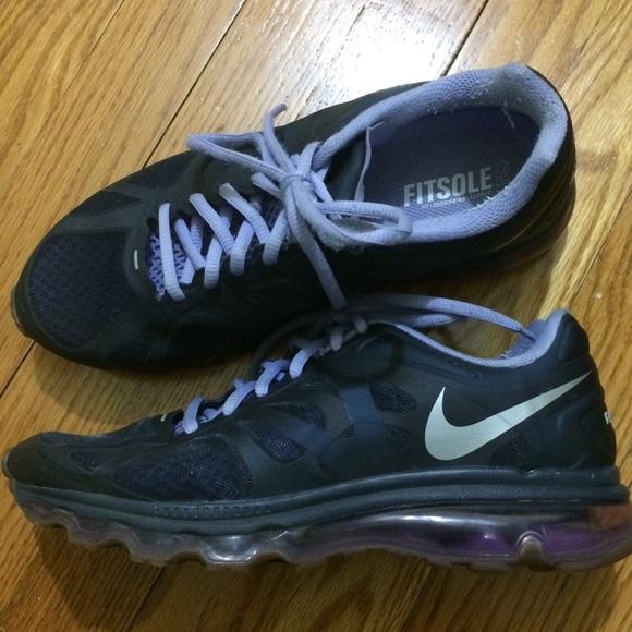 best authentic de63c 93731 Nike Shoes - Women s Nike Air Max 2012 - Size 8